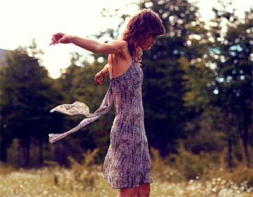 6romanticna-oblekica.jpg